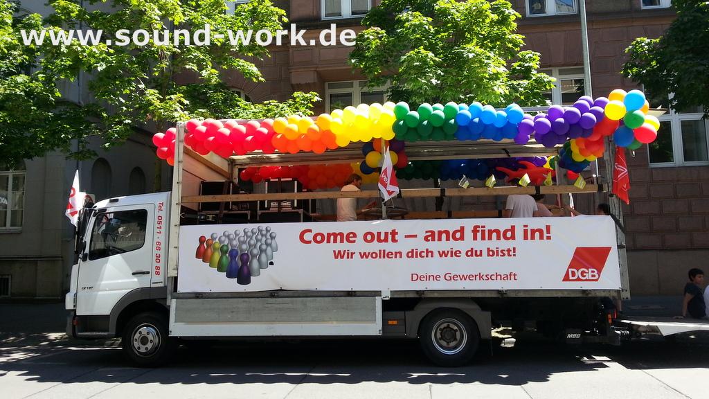 PartyTruck der Gewerkschaften für die CSD Parade in Hannover - 07.06.2014