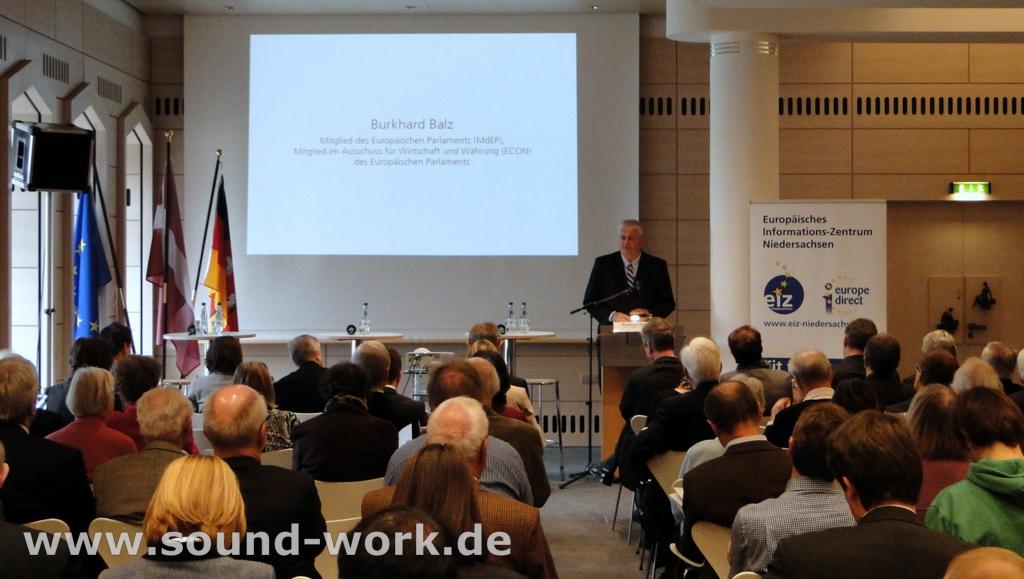 Lettlands Beitritt zum Euro - Veranstaltung des EIZ in der Deutschen Bundesbank Hauptverwaltung Hannover - 08.11.2013 - Burghard Balz