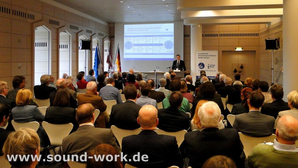 Lettlands Beitritt zum Euro - Veranstaltung des EIZ in der Deutschen Bundesbank Hauptverwaltung Hannover - 08.11.2013 - Andris Vilks, Finanzminister der Republik Lettland