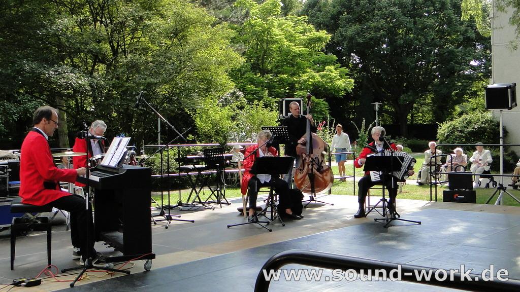 """Eilenriedestift - Sommerfest - die """"Flinken Finger"""" - 14.08.2013"""