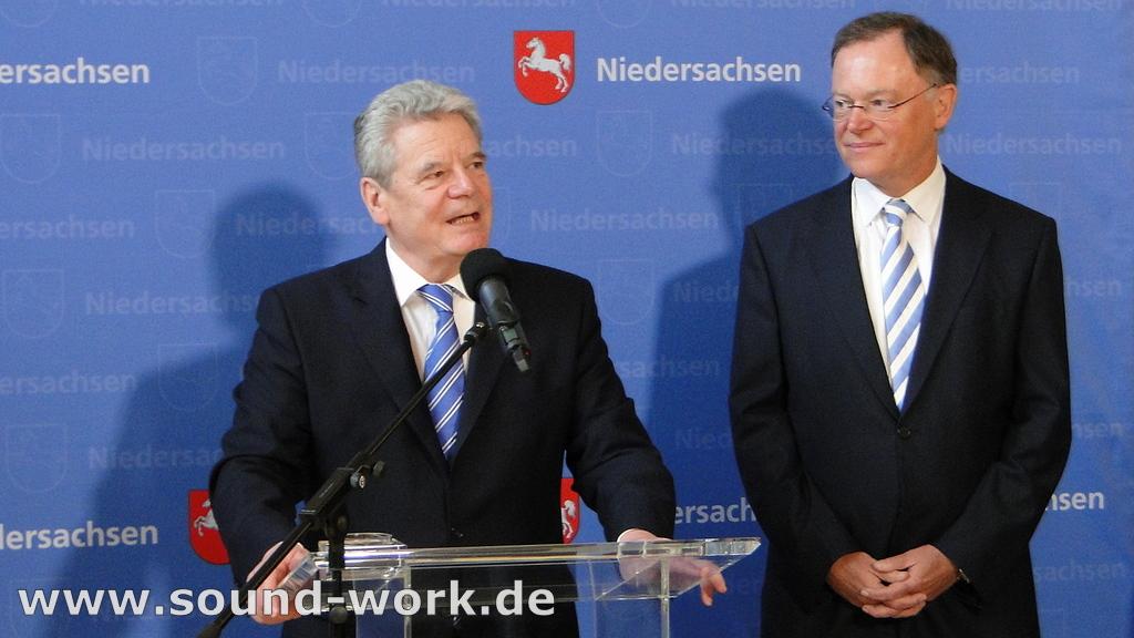Bundespräsident Joachim Gauck in Niedersachsen Pressekonferenz in Hannover - 11.04.2013