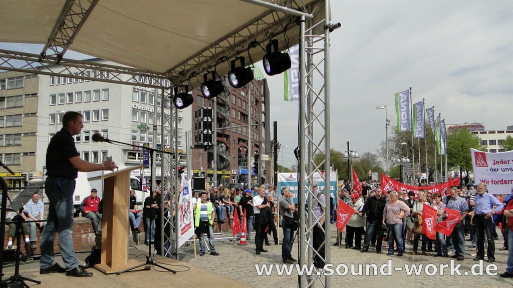 Kundgebung und Warnstreik der IG Metall auf dem Steintorplatz Hannover - 06.05.2013