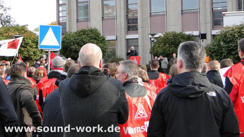 Proteste bei Siemens ...  Große Solidarität – Gute Stimmung! - Hartmut Meine