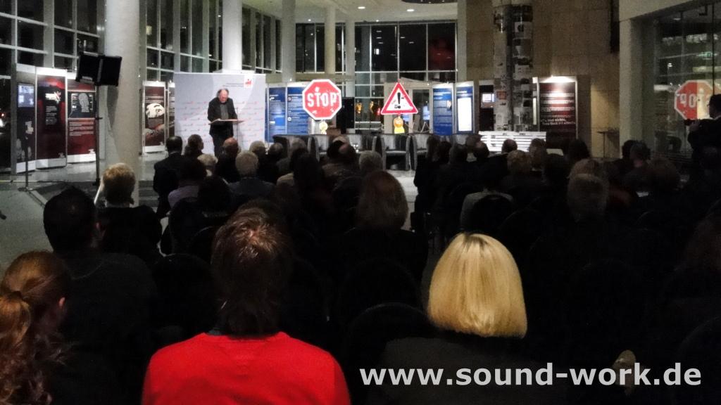 Gemeinsam gegen Rechtsextremismus - Wanderausstellung des Verfassungsschutz - Prof. Dr. Joachim Perels