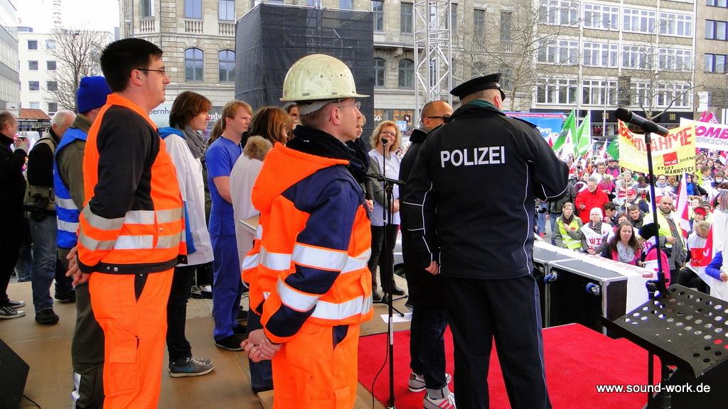 ver.di - Kundgebung - Opernplatz - Hannover - Talkrunden